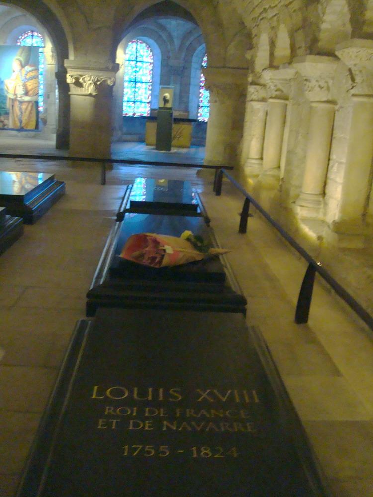 tombe de louis XVI-1