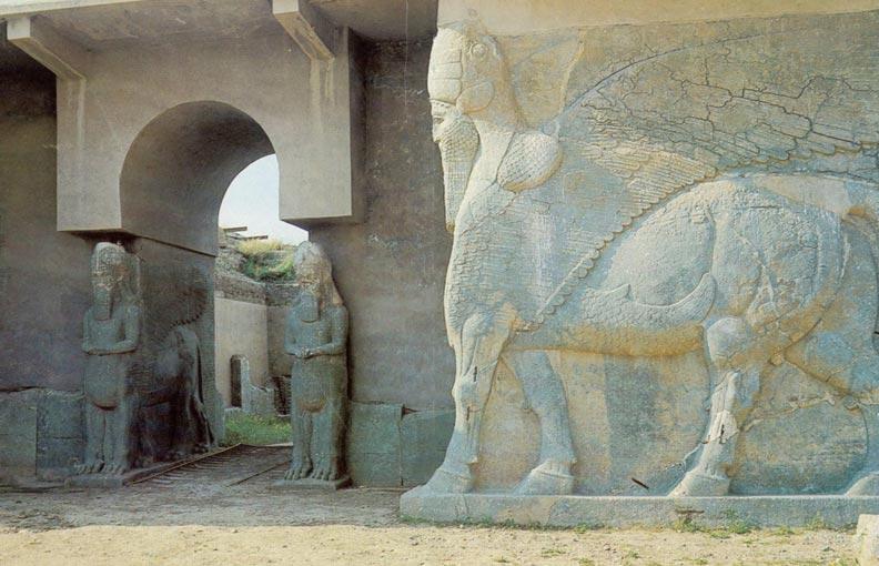 L'Etat islamique a attaqué jeudi la cité assyrienne de Nimrud, datant du 13e siècle avant JC