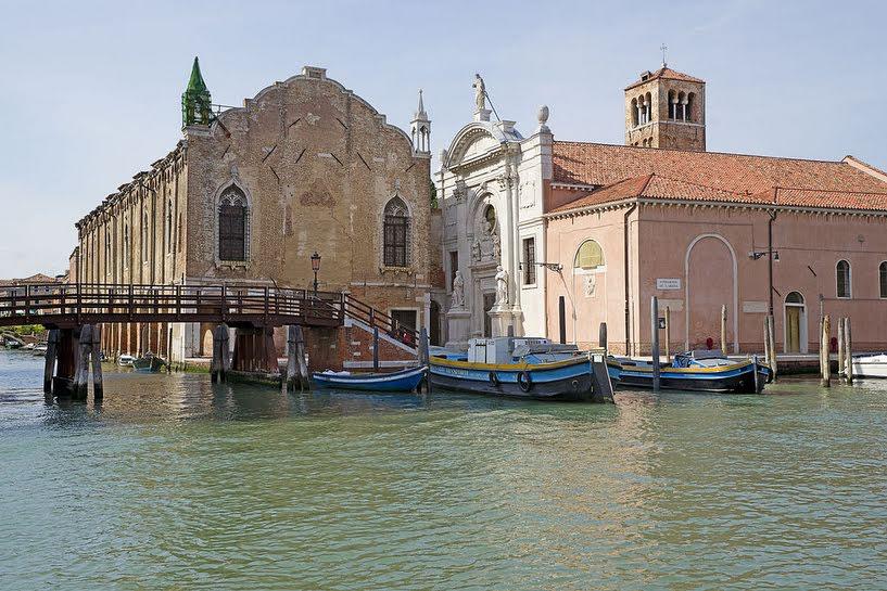 Venise Une mosquee s installe dans une eglise